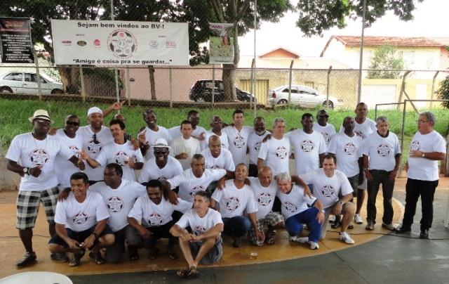 A turma, agora Comunidade do Campinho, no I Encontro dos Moradores do Boa Vista, em Uberaba, Minas Gerais.