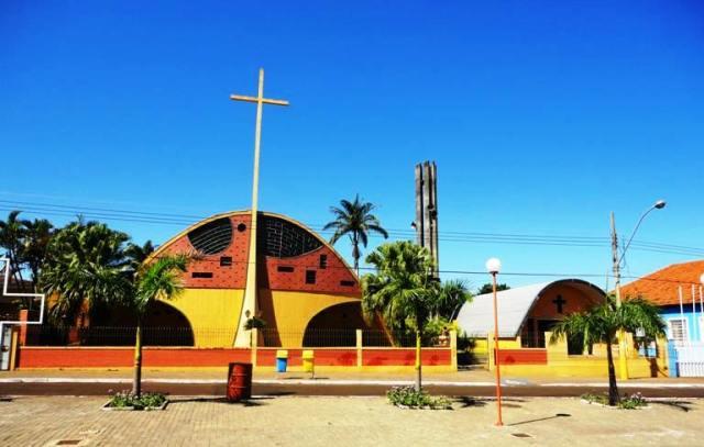 igreja canápolis